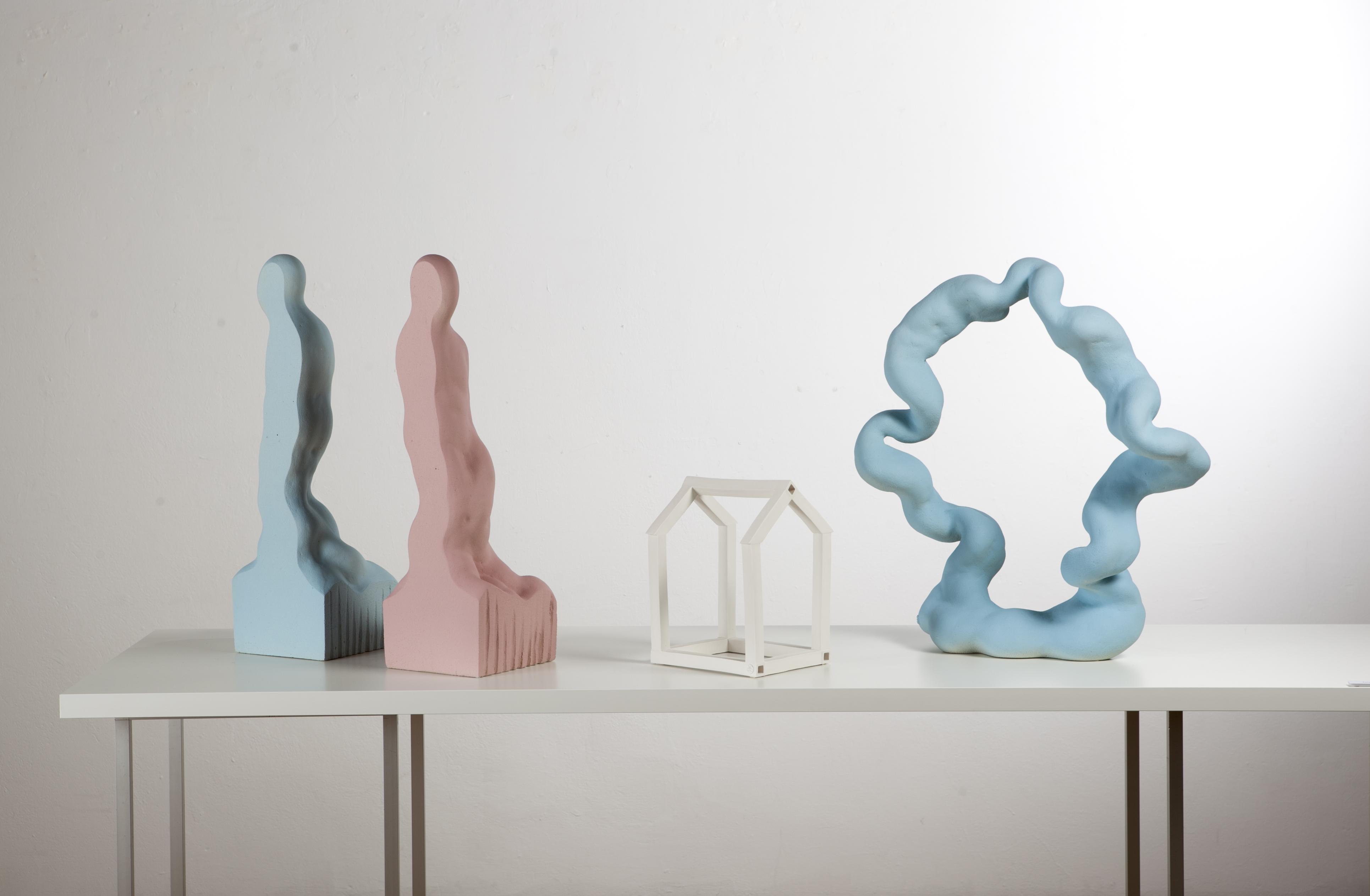 Iš kompozicijos InSide-OutSide I (From composition InSide-OutSide I ) , 2018, akmens masė, porcelianas(stoneware, porcelain) 120 x 50 cm, h 65 cm