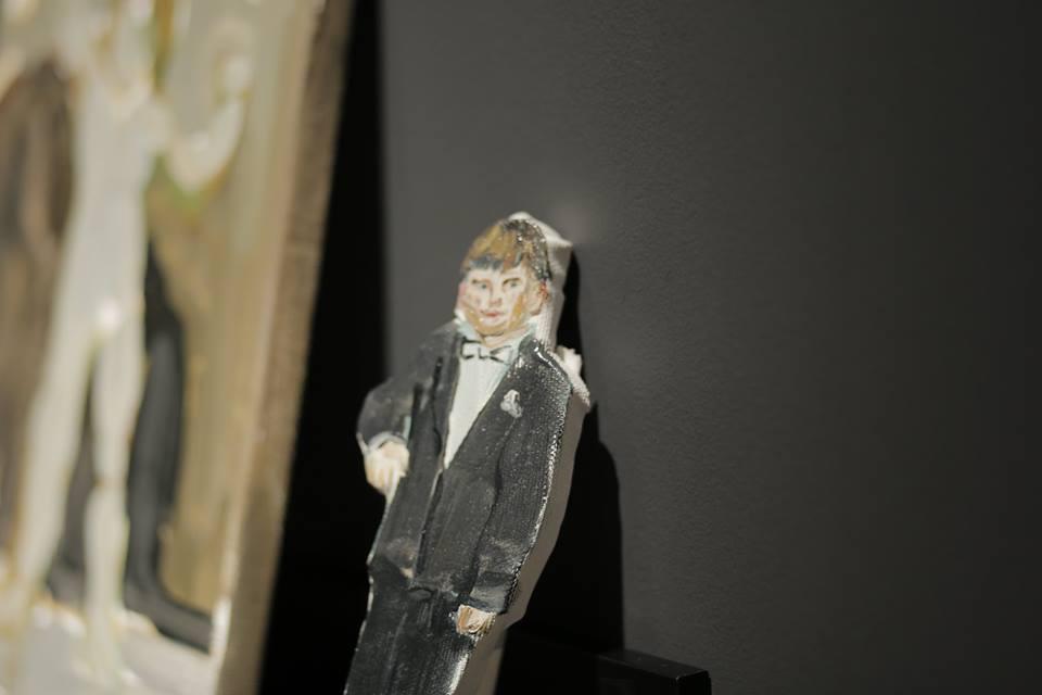 Art and Collectibles (installation detail). Menas ir kolekciniai eksponatai (instaliacijos detalė)_Dydžiai įvairūs_Aliejus ant drobės_2019